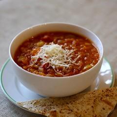 Lēcu un tomātu zupa