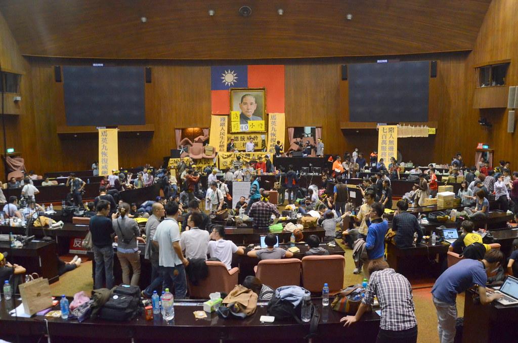 去年3月,反服貿群眾佔領國會。(攝影:宋小海)