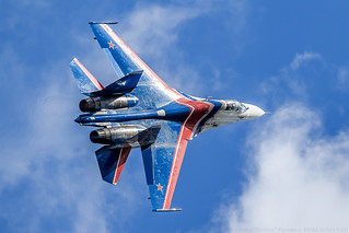 "Su-27 ""Russian Knights"" aerobatic team 