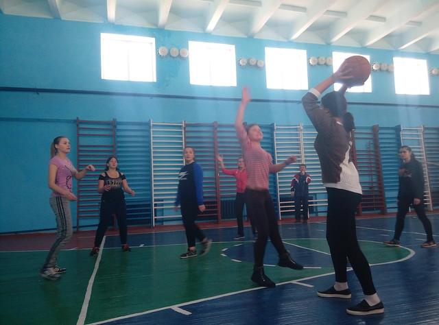 Баскетбол-дівчата