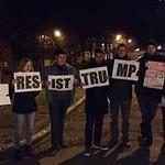Resist Trump - Mons