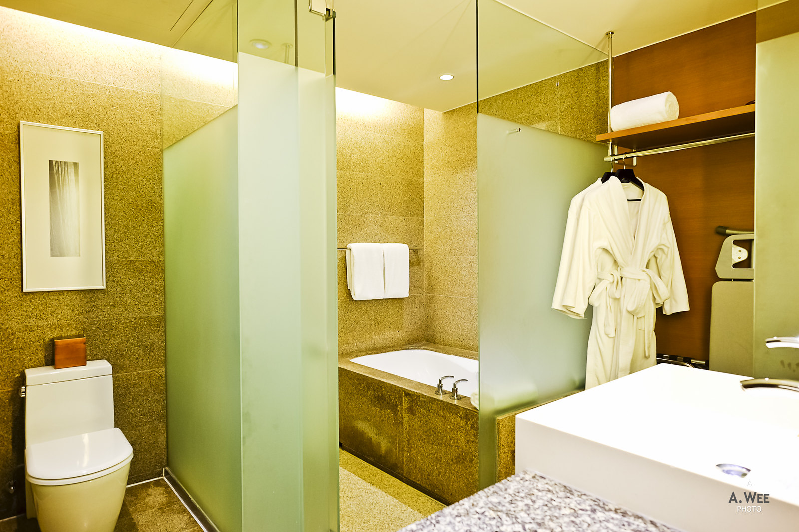Bathroom compartments