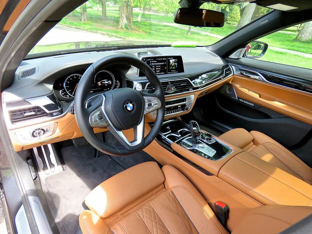 BMW G11 750i 5