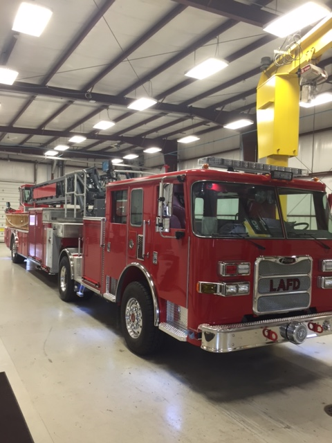 Blog Around Clock >> LAFD's First Pierce Aerial Ladder Trucks | APPLETON, WI - Th… | Flickr