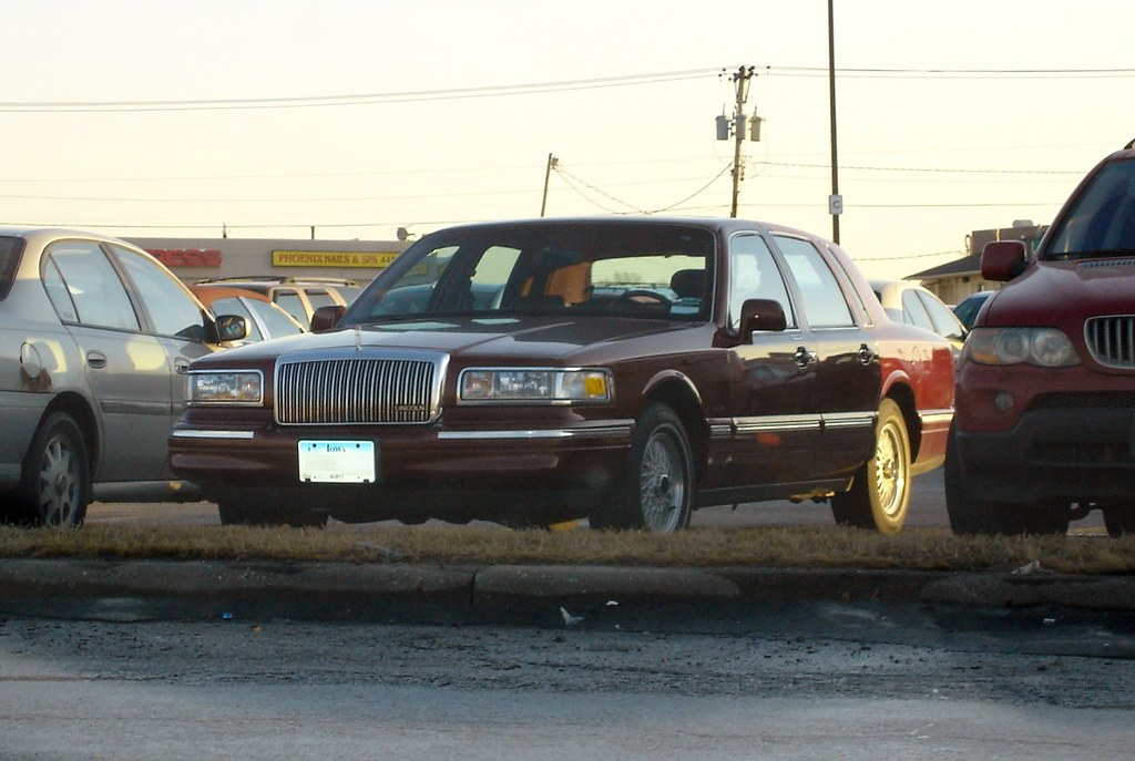 1997 Lincoln Town Car Signature Series Tom Klockau Flickr