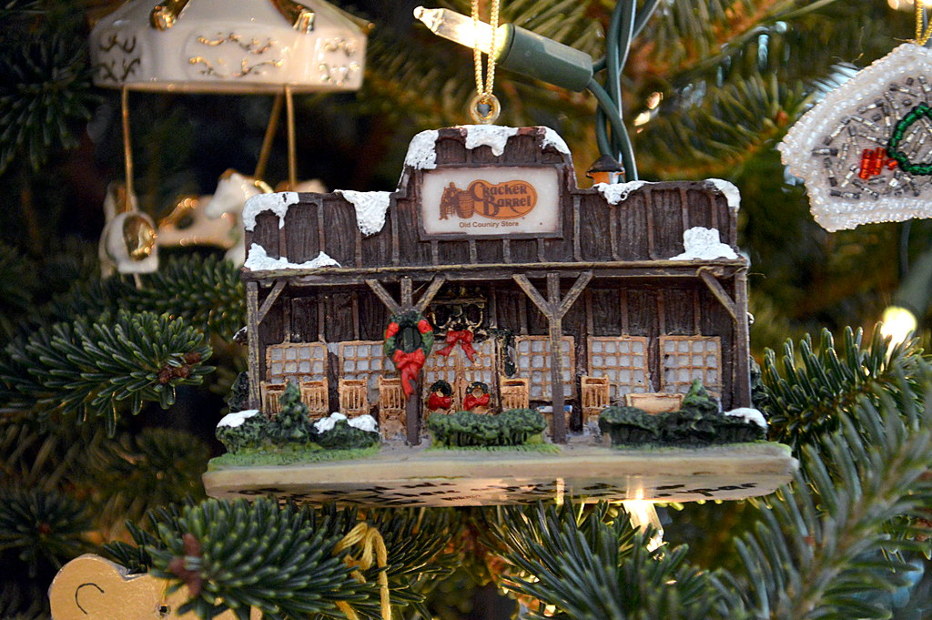 cracker barrel storefront by byzantiumbooks cracker barrel storefront by byzantiumbooks - Cracker Barrel Store Christmas Decorations
