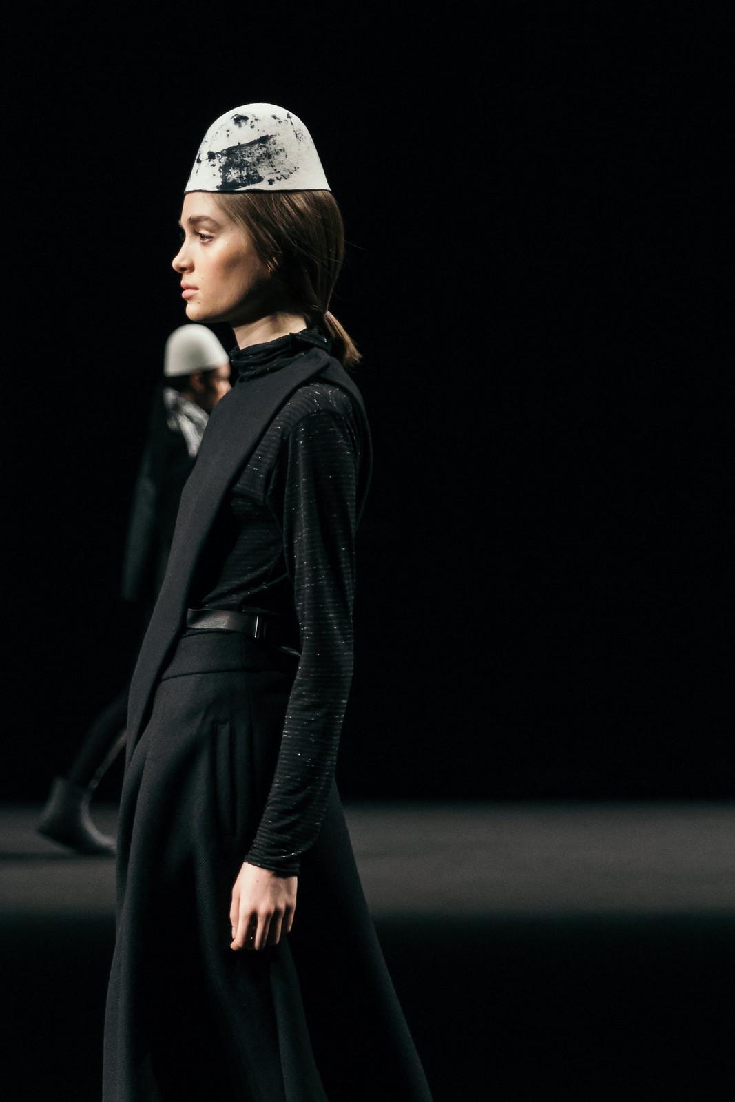 Jessie Chanes - Seams for a desire - 080 Bacelona Fashion #080bcnfasion -25