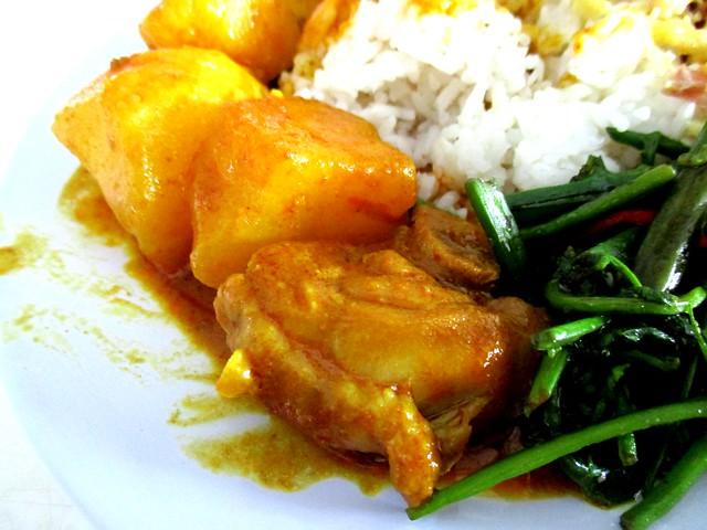 Eco Delite chicken curry