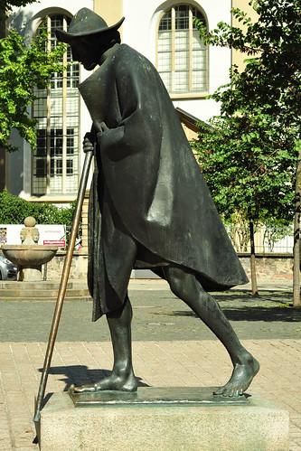 Speyer Wallfahrtsort Pilgerstadt Jakobspilger Pilgerspeisung vegetarisch vegan Bronzefigur Jakobspilger Foto Brigitte Stolle September 2015