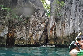 Coron - Twin Lagoon narrow gap