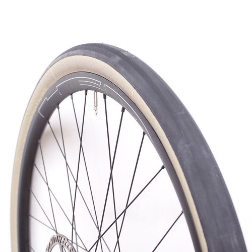 COMPASS CYCLES / Babyshoe Pass / 650b x42  / Extralight