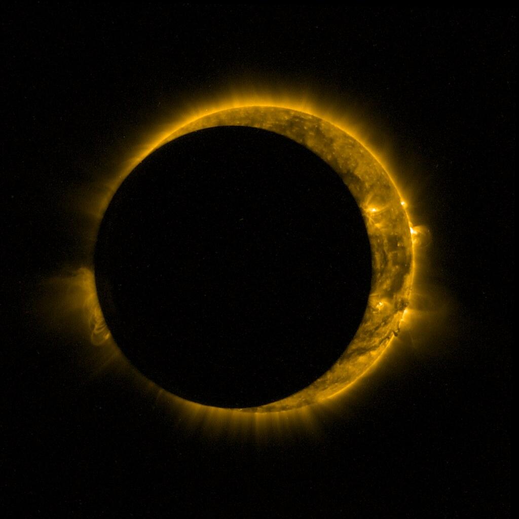 Proba-2 eclipse | ESA's Sun-watching Proba-2 satellite ...