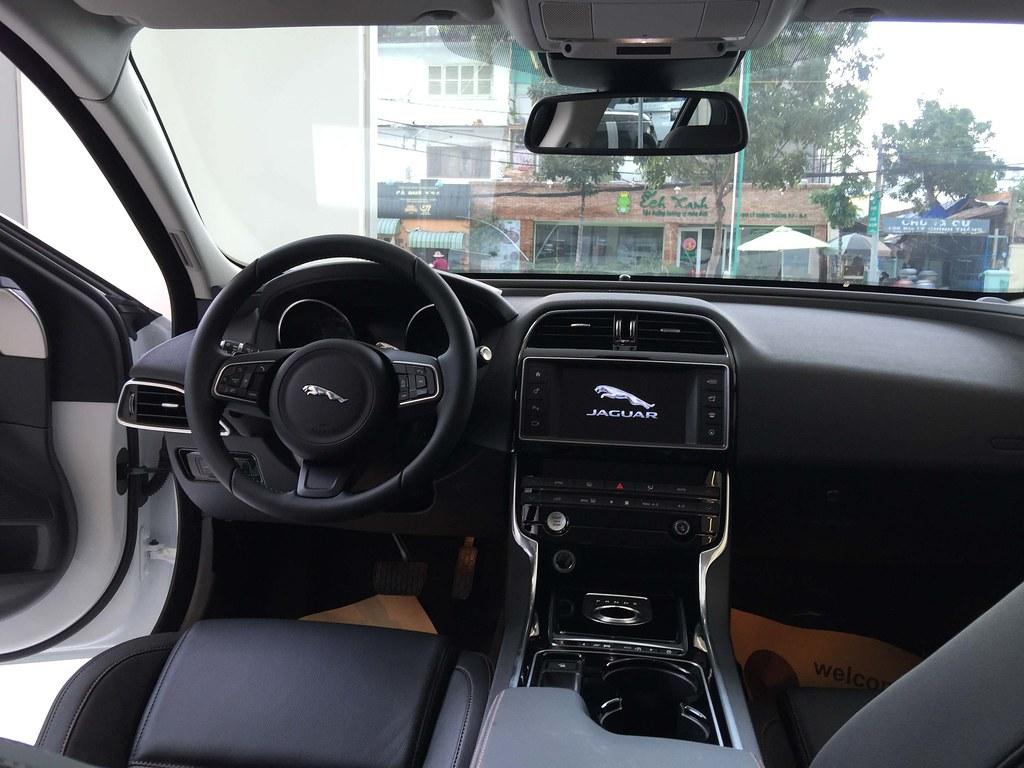 noi that xe jaguar xe