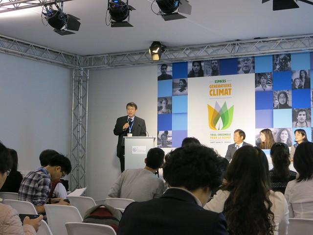 台大政治系副教授林子倫主持周邊會議。攝影:林綉娟。