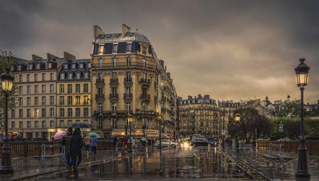 Cafe Paris Wallpaper