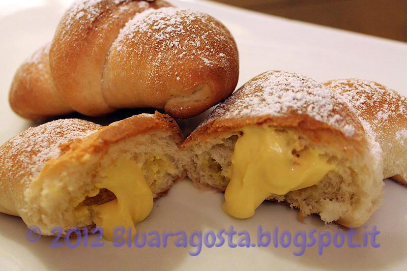 03-croissant con crema di ricotta allo zafferano