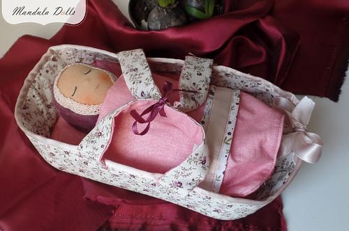 MandulaDolls_baby_rag_rose_carryingbasket_04_01