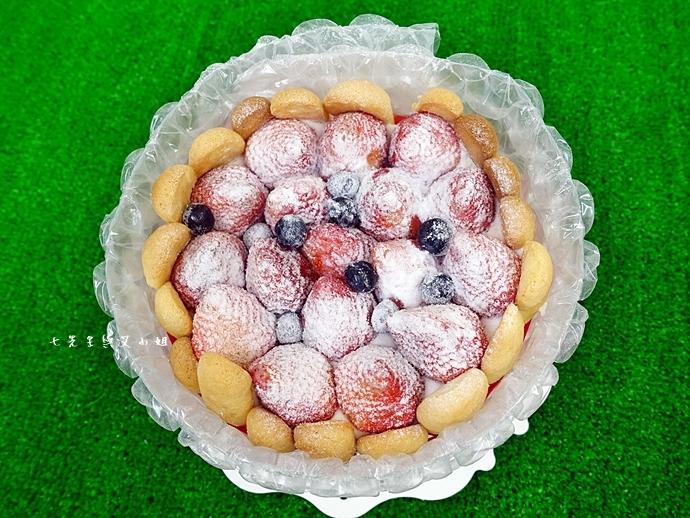 5 棒棒糖手工點心 愛妻草莓蛋糕