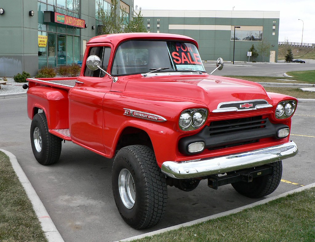 Old Chevy 4x4 | An old 1950\'s Chev Pickup I\'ve seen in town … | Flickr