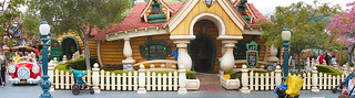 Mickey Mouse's House in Disneyland | by The_Iceman