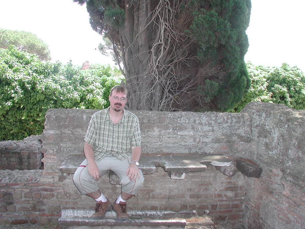 Ancient public toilets flickr for Mr arredamenti ostia antica