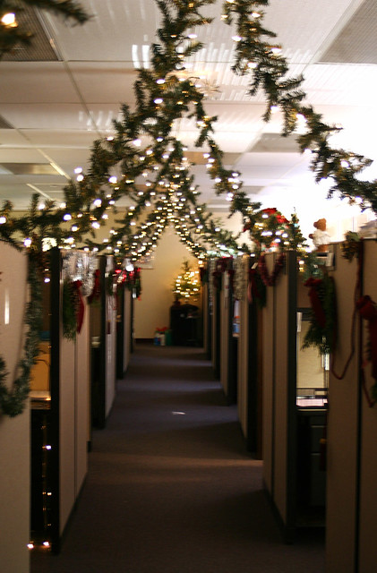 Cubicle Christmas In Trying To Win A Decorating Contest