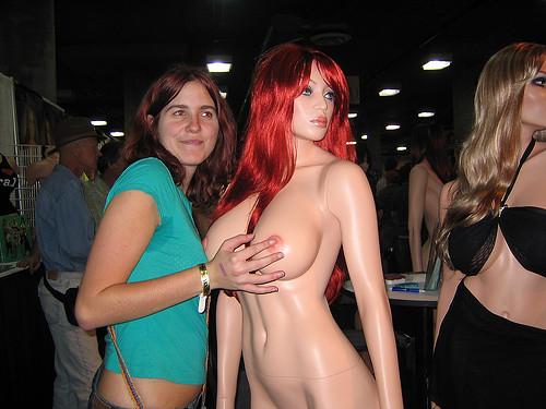 Porn Convention Pics 13