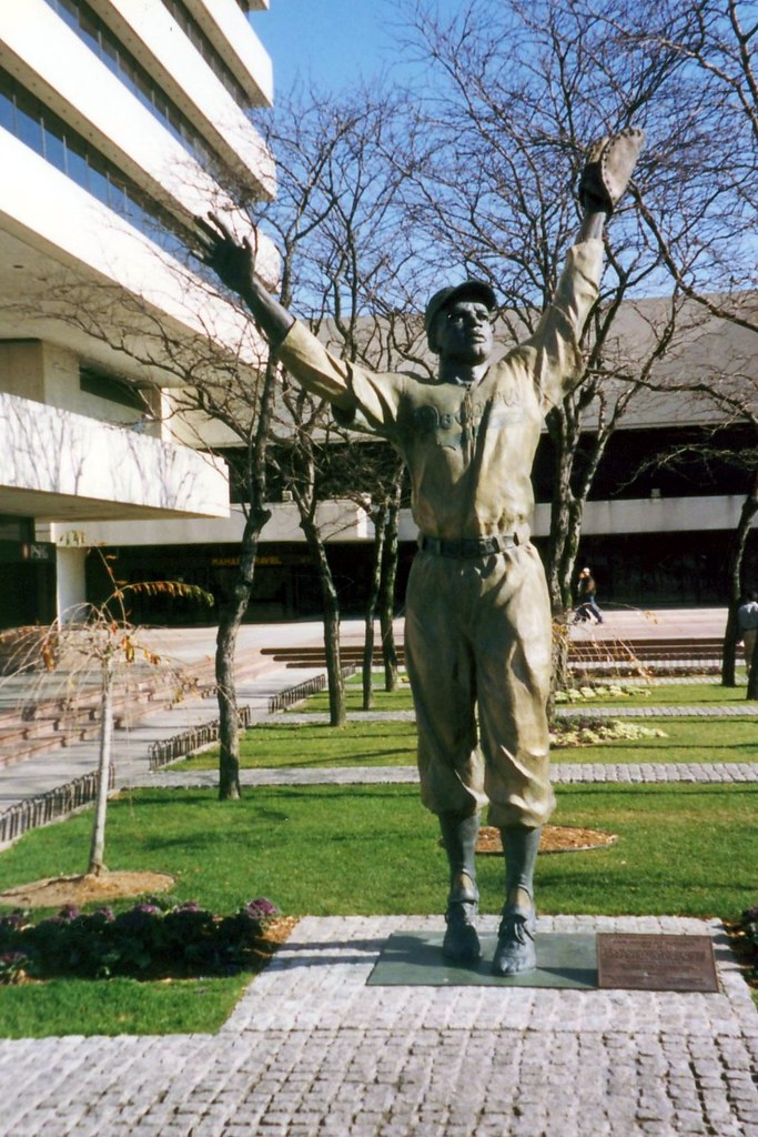 NJ - Jersey City: Journal Square - Jackie Robinson statue   Flickr