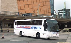 R45gnw 200606 Dbg Majestic Tours Coach Seen In Plymouth