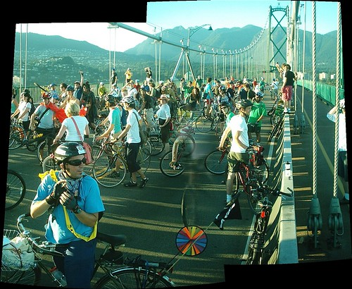 critical mass vancouver - June 2006 - lion's gate bridge - 3 | by HiMY SYeD / photopia