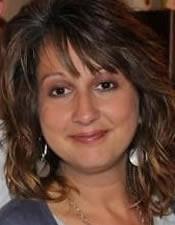Portrait photograph of Terri Knight
