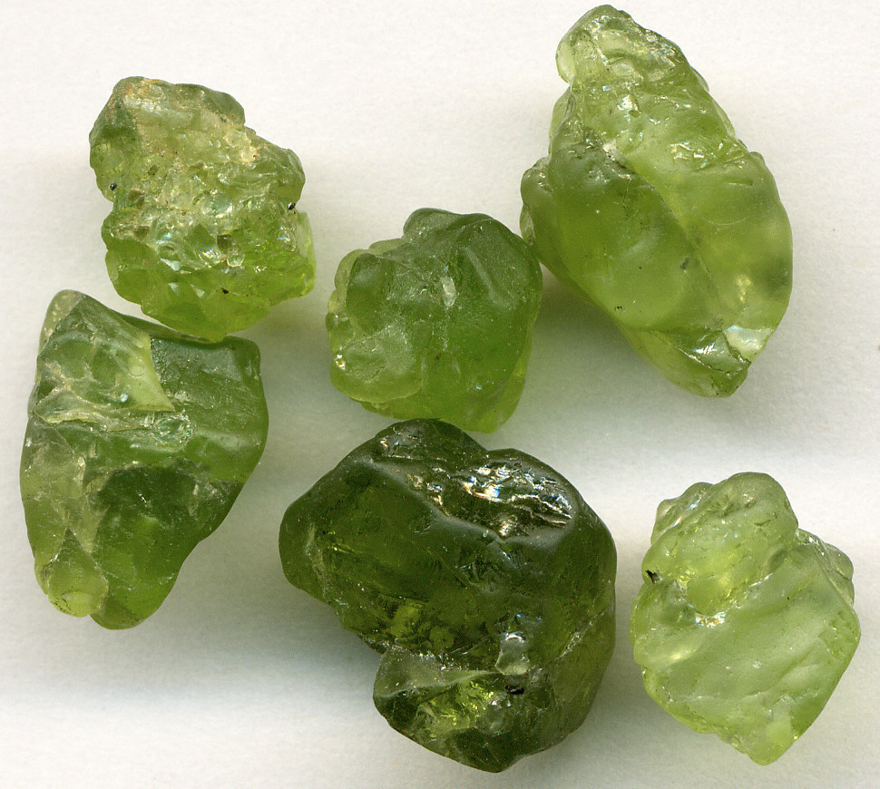 stones chips olivine rock home natural healing mineral from garden gram reiki on in crystal crushed item tumbled gemstone stone decor