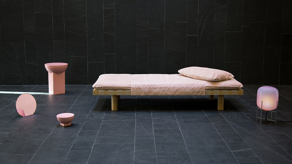 Shallow bowls and rounded coffee tables by German designer Sebastian Herkner Sundeno_01