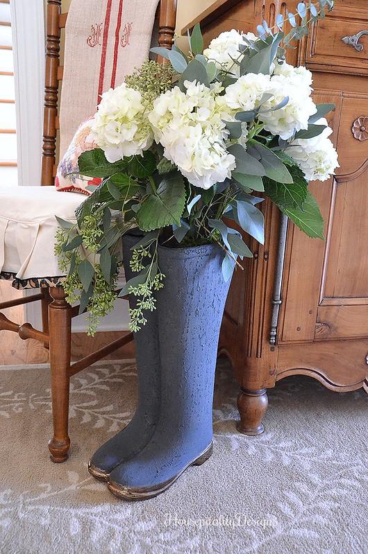 Winter Foyer - Boots Vase - Housepitality Designs