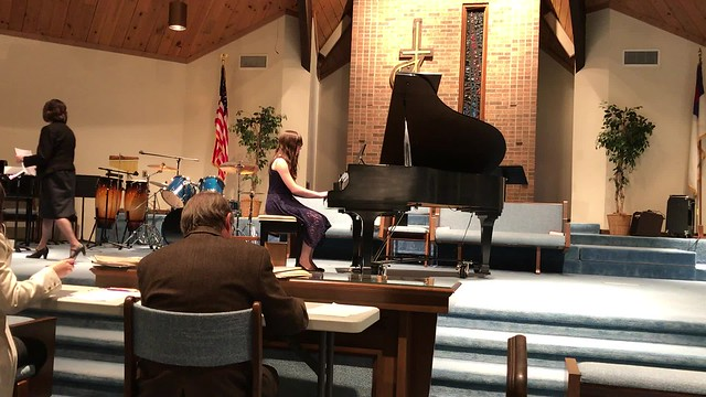Julia plays Sonatina Op.55, No. 1 Vivace at the 2017 Ribbon Festival