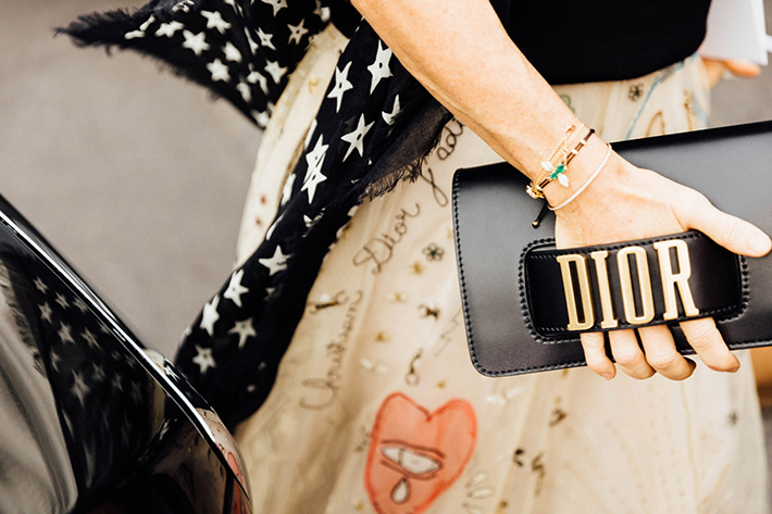 Paris fashion week street style outfit inspiration accessories fashion trend style16