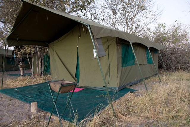 Así es una tienda de campaña de Mopane (safari móvil en Botswana)