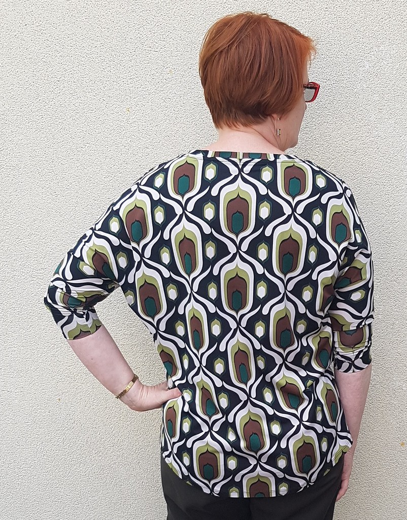 Simplicity 1463 in restash knit