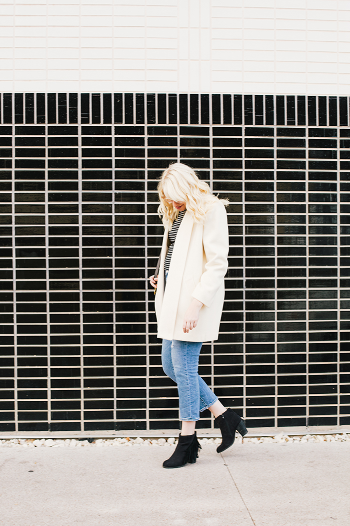 austin fashion blogger vintage white coat4