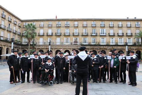 Actuación coro de Asparbi (Santa Agueda)
