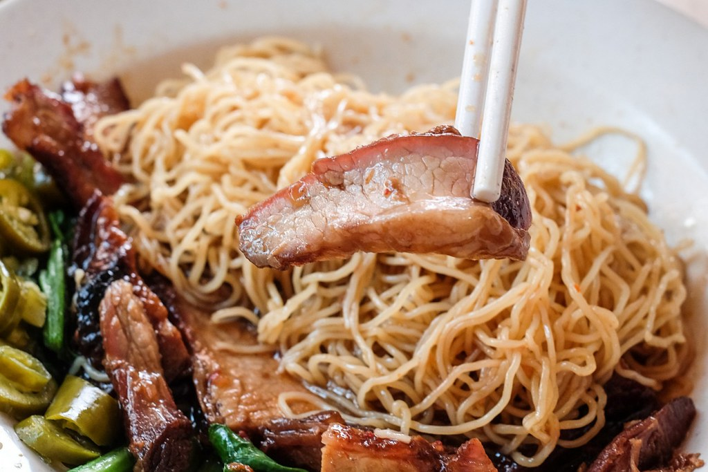 fei-fei-roasted-noodle-char-siew