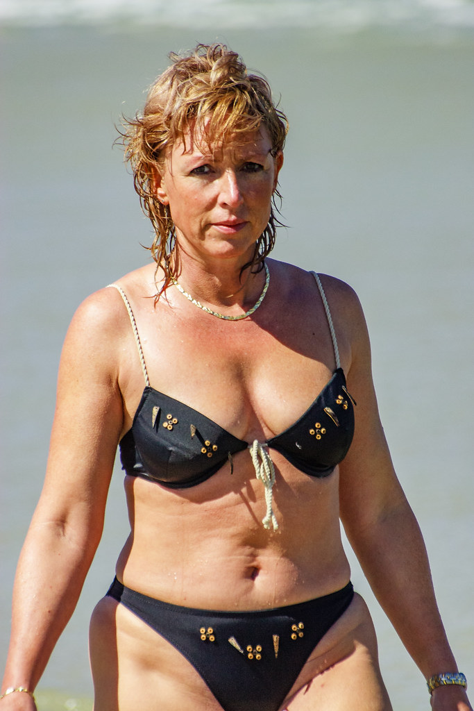 Mature Women With Big Natural Breasts