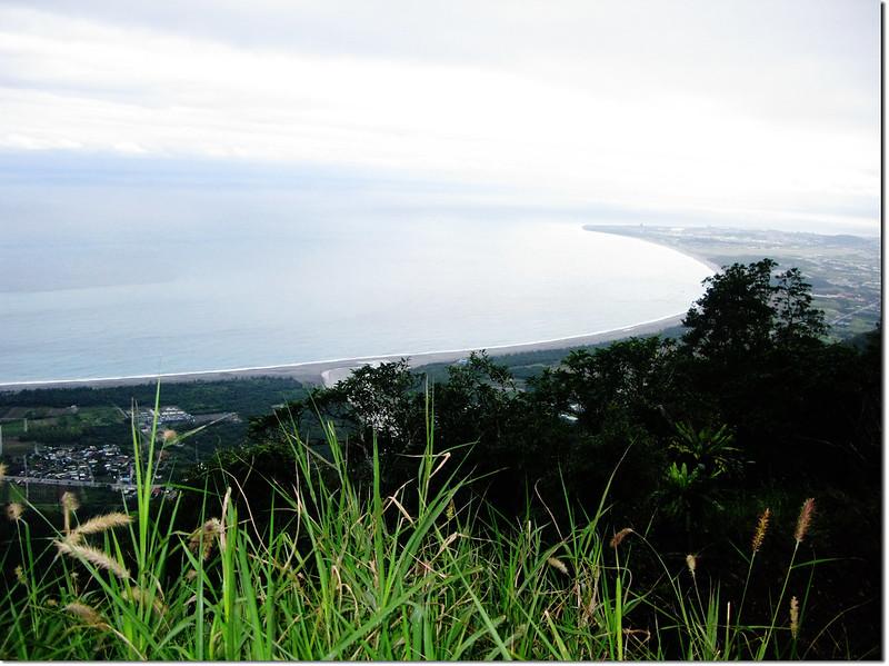 新城山停車處俯瞰海岸線 2