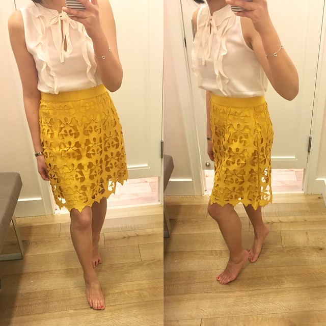 LOFT Sunny Lace Skirt, size 0 regular