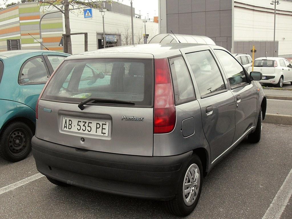 Fiat Punto 55 SX 1994 | Data immatricolazione: 5-05-1994 | Flickr on fiat bravo, fiat 500l, fiat doblò, fiat uno sx, fiat bravo sx, fiat coupe 20v turbo, fiat tipo, fiat scudo sx, ford ka, fiat uno, opel corsa, fiat palio, nissan micra, fiat panda, renault clio, volkswagen polo,