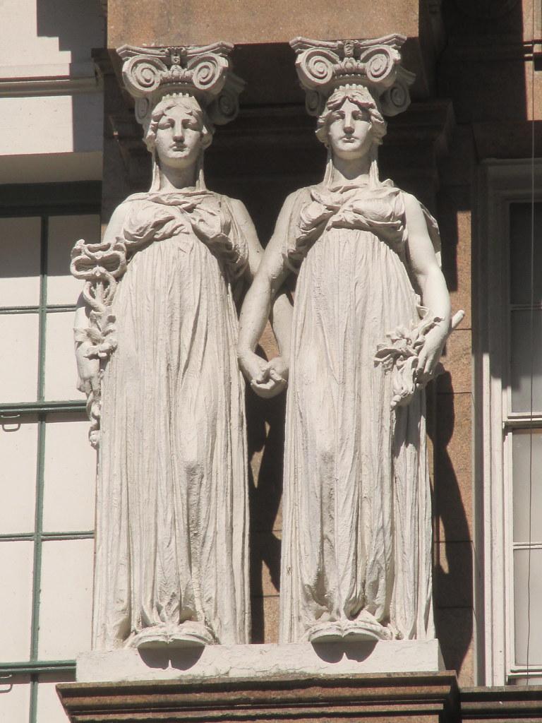 macys department store lady caryatid statues 0946 macys de flickr