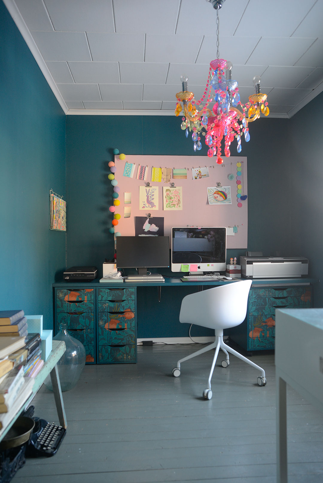 Petrol and pastel color home office