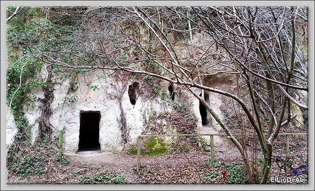 Descubrir las Cuevas de los Portugueses 8