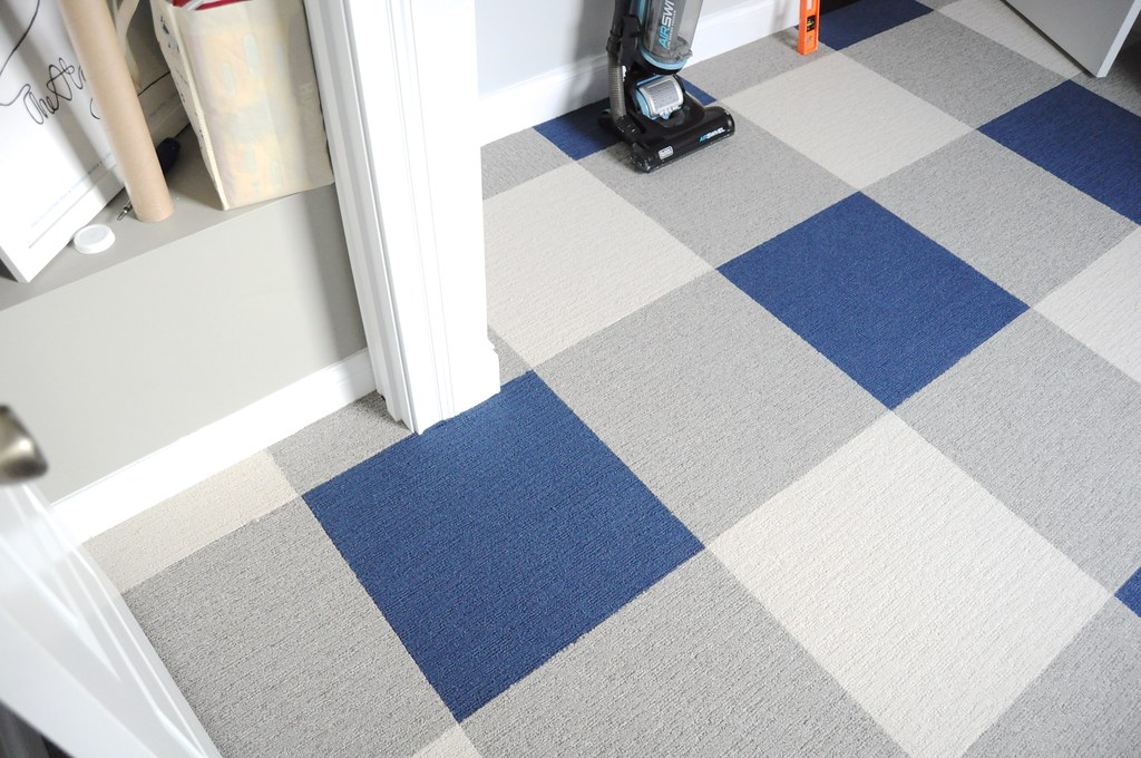 Buffalo Plaid Floor Using Carpet Tiles Go Haus Go A Diy And