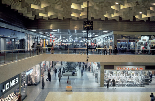 Apply to Manchester Arndale jobs now hiring in Manchester on lolapalka.cf, the world's largest job site.